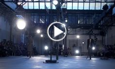 N°21 torna in versione erotica a Milano Moda Uomo